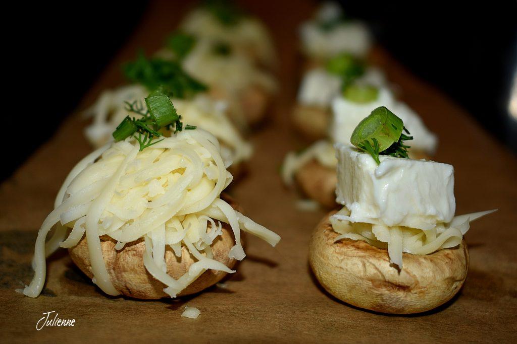 ciuperci umplute in cuptor