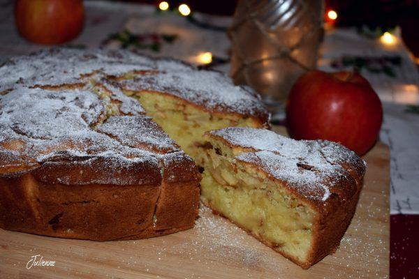 Prajitura rapida cu mere, lamaie si scortisoara