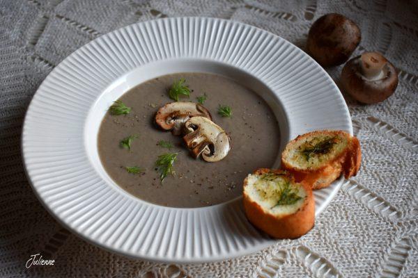 Supa crema de ciuperci brune – Vegan
